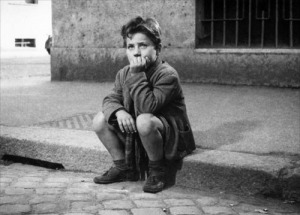 Enzo_Staiola_in_Bicycle_Thieves